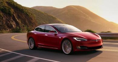 Voiture électrique Tesla